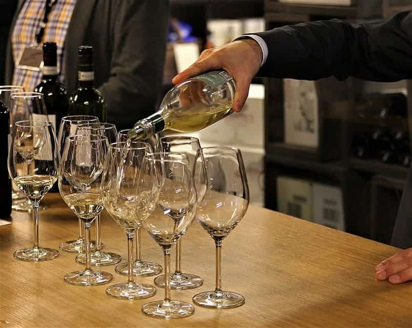 Pinot Grigio vs Chardonnay